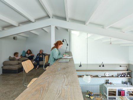 ES GARBI   beach house in Costa Brava  Nook Architects