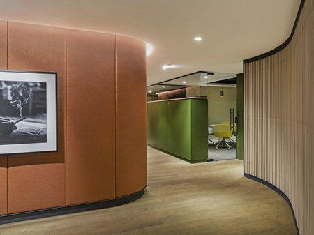 Oficinas JTI Turquía Lagranja Design