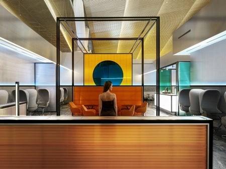 THE HORIZON / Priority Pass lounge of Platov airport  VOX Architects