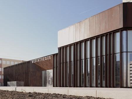 The Albert Schweitzer Community Centre Mobile Architectural Office