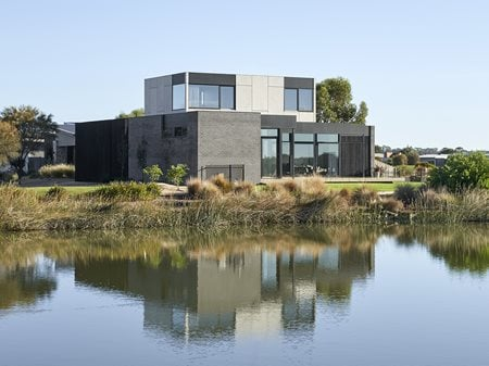 Torquay Beach House Luke Fry Architecture & Interior Design