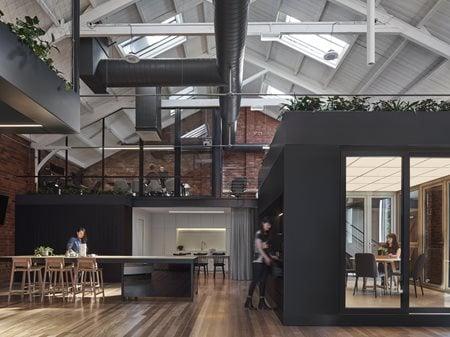 REHAU Design Haus  Taylor Knights