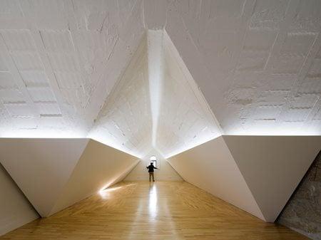 Social Center Vilar do Paraíso éOp-arquitectura e design