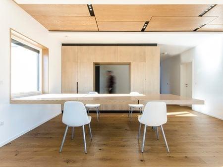 TR HOUSE  Parasite Studio