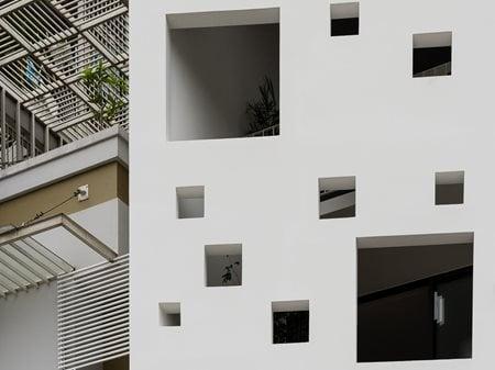 3.5x9.9 House MDA architecture