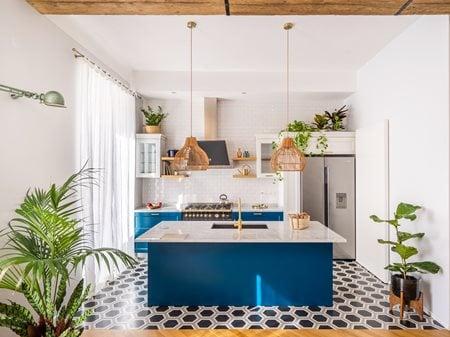 DGG House Studio Tamat