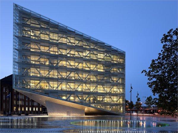 The Crystal Schmidt Hammer Lassen Architects