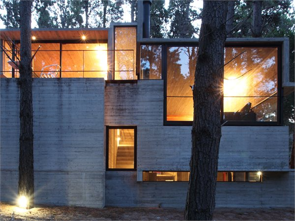 LEVELS HOUSE BAK arquitectos
