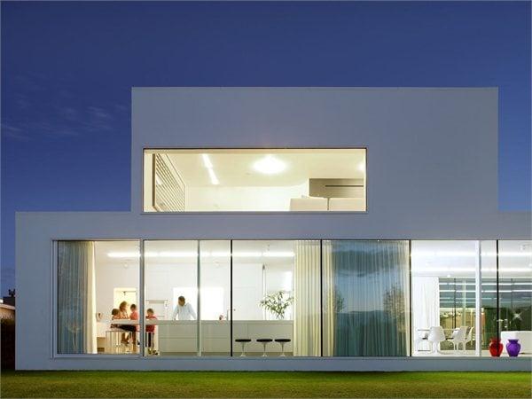 Villa V in T Beel & Achtergael Architects