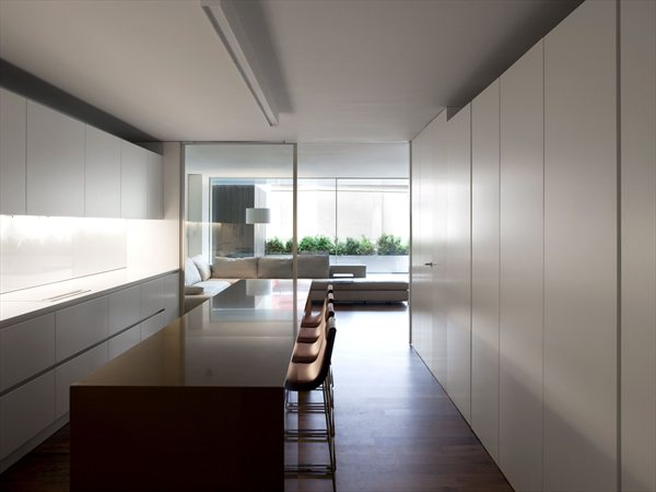 House between the city Fran Silvestre Arquitectos