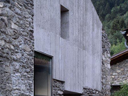 Renovation of a dwelling in Chamoson Savioz Fabrizzi Architecte