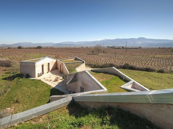 Chinese house for a wine maker Alarcón + Asociados